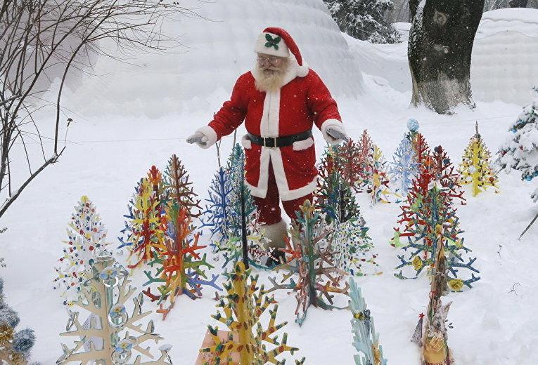 Санта-Клаус в центре Киева