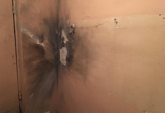 Вкиевском подъезде взорвалась граната— Сюрприз впочте
