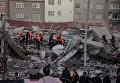 Обрушение дома в Турции