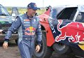 Французский пилот команды Peugeot Стефан Петерансель