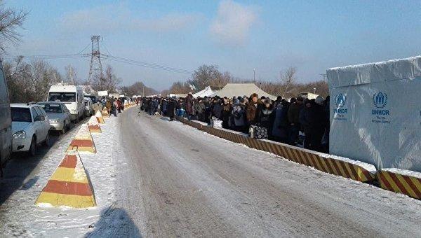 Ситуация вЛуганске: Украина усилила проверки налинии разграничения