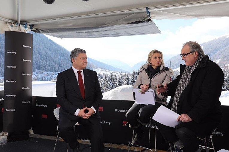 Интервью Петра Порошенко телеканалу Блумберг в Давосе