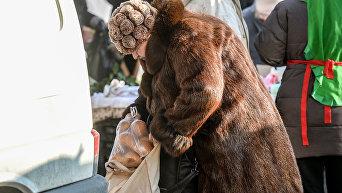 Женщина на рынке. Архивное фото