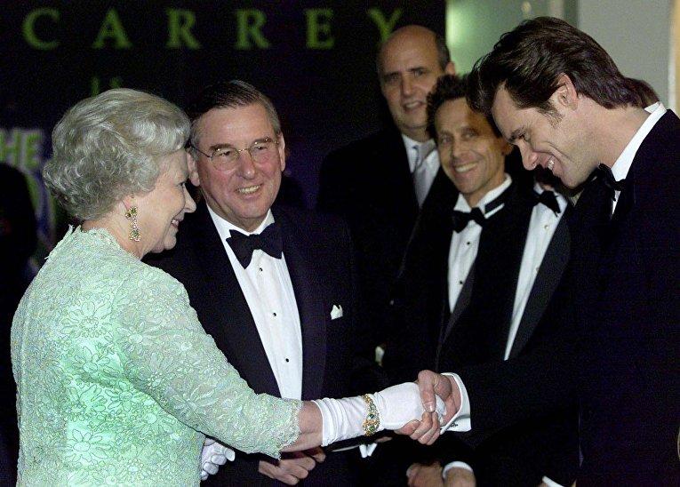 Джим Керри с королевой Великобритании