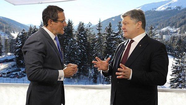 П.Порошенко назвал безответственных лидеров, которые повлекли большие проблемы сглобальной безопасностью
