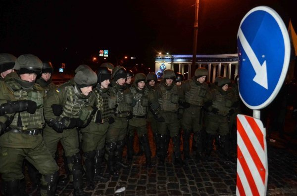 Вцентре украинской столицы подрались националисты и милиция