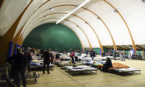 Эвакуационный лагерь в Италии