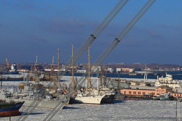 Замерзший порт Одессы