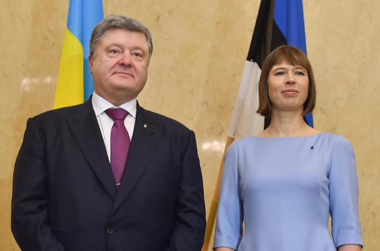Президент Украины Петр Порошенко и президент Эстонии Керсти Кальюлайд