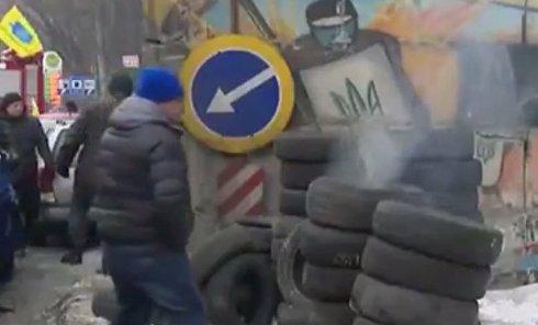 Активисты заблокировали проезд по Одесской трассе в Киеве