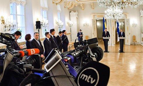 Президенты Украины и Финляндии Петр Порошенко и Саули Ниинистё