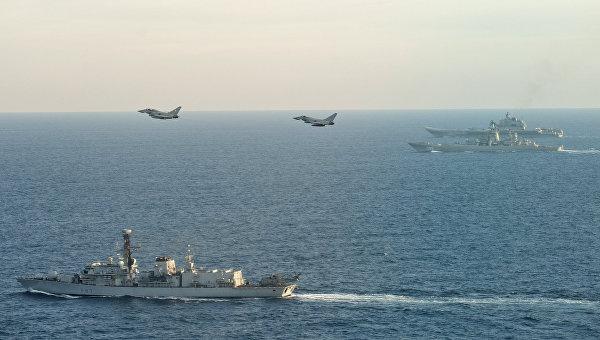 Министр обороны Великобритании назвал авианосец «Адмирал Кузнецов» кораблём позора