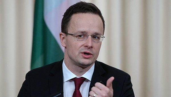 Министр внешнеэкономических связей и иностранных дел Венгрии Петер Сиярто