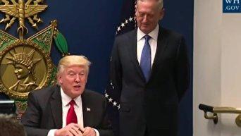Трамп заявил, что подписывает указ о великой перестройке армии США. Видео
