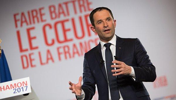 Кандидат впрезиденты Франции Бенуа Амон зарешительную политику вотношении Российской Федерации