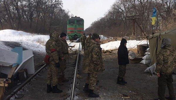 Участники блокады ОРДЛО вБахмуте сообщили, что ихокружил спецназ милиции