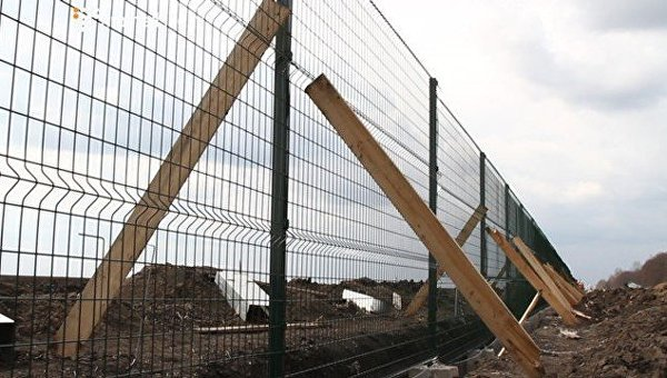 ВУкраинском государстве расследуется хищение при строительстве «стены» награнице сРФ