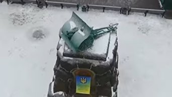 Памятник-пушка рабочим завода Арсенал (съемка квадрокоптером)