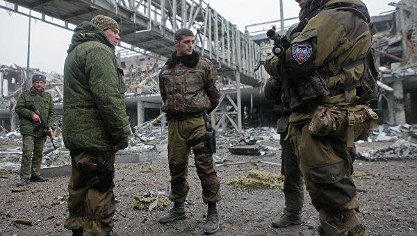 Напохороны боевика «Гиви» принудительно привезли бюджетников