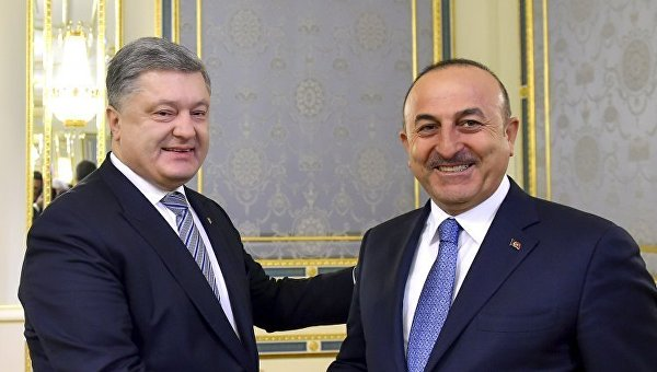 Петр Порошенко и Мевлют Чавушоглу