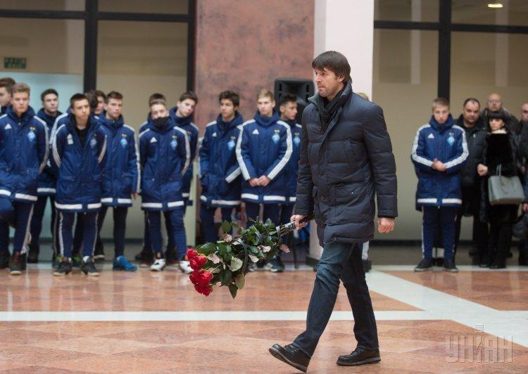 В Киеве простились с легендарным вратарем Динамо Чановым