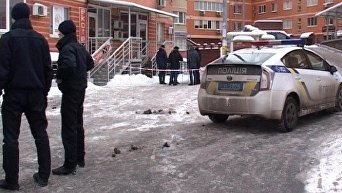 В Киеве женщина выбросила с 7-го этажа ребенка и прыгнула сама