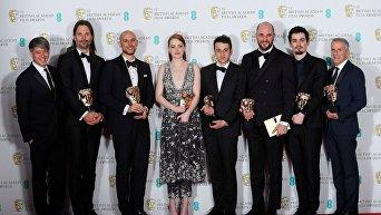 Мюзикл американского режиссера Дэмьена Шазелла Ла-Ла Ленд стал лауреатом премии Британской академии кино- и телеискусства (BAFTA) в категории Лучший фильм.