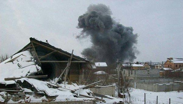 Взрыв на заводе химизделий в Донецке