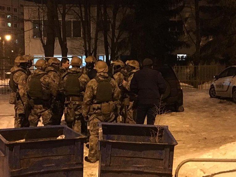 Стрельба в Харькове. Бойцы КОРДа готовятся к штурму детсада