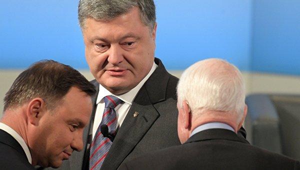 Президент Польши Анджей Дуда, президент Украины Петр Порошенко