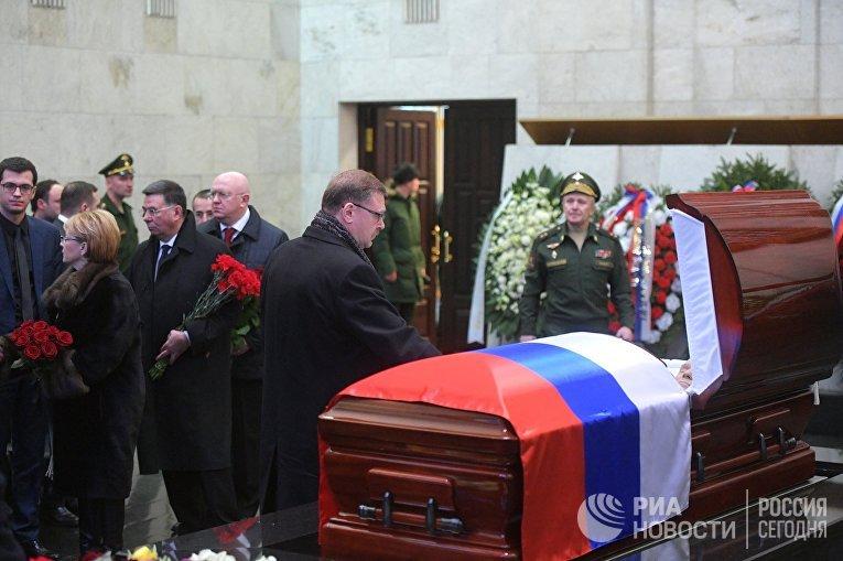 Прощание с В.Чуркиным