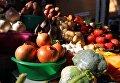 Продукты питания на одном из киевских рынков. Архивное фото