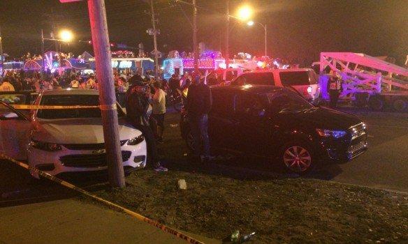 В Новом Орлеане автомобиль въехал в толпу людей