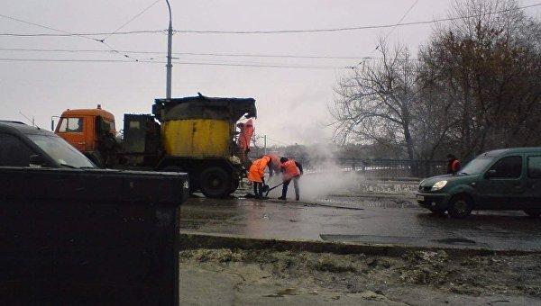 Ямы на дорогах в Харькове