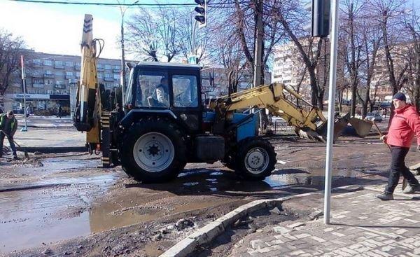Ямы на дорогах в Черкассах