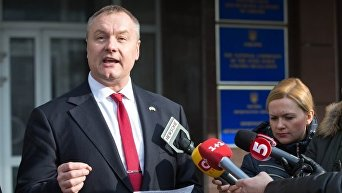 Народный депутат Андрей Артеменко после допроса в ГПУ