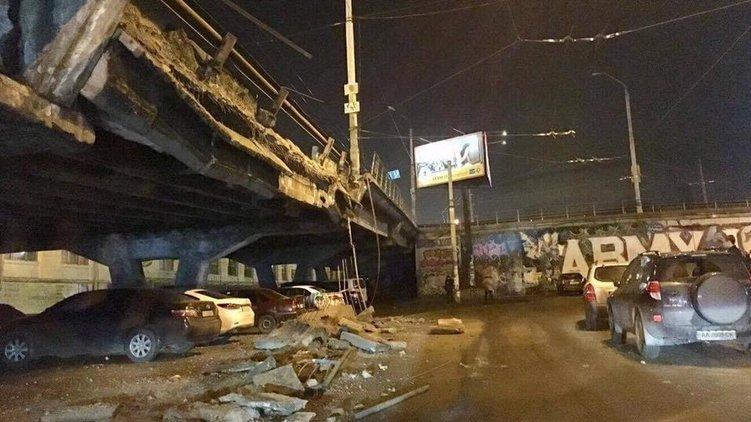 Обрушение моста на Шулявке в Киеве