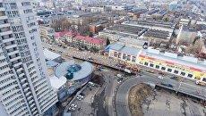Ремонтные работы на месте обвала Шулявского моста в Киеве