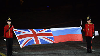 Флаги Великобритании и России