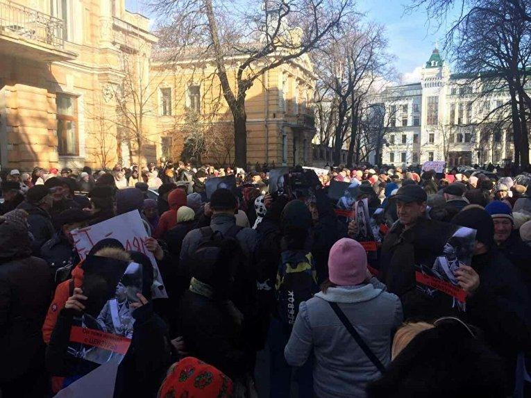 Митинг в поддержку Радио Вести у здания АП