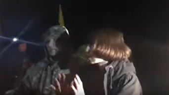 Участники блокады Донбасса забросали яйцами Татьяну Черновол. Видео