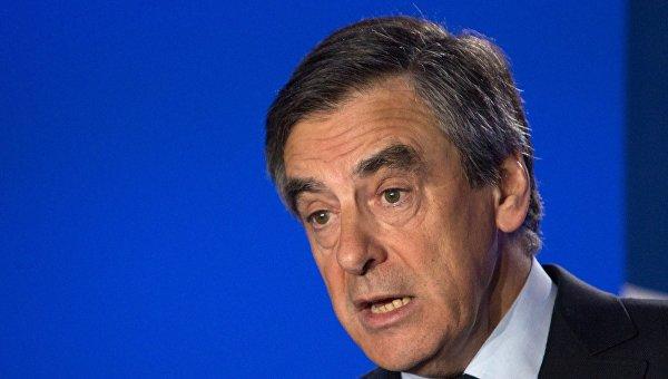Кандидат в президенты Франции от партии Республиканцев Франсуа Фийон