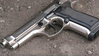 Оружие и боеприпасы изъятые полицией у участников блокады в Кривом Торце. Видео