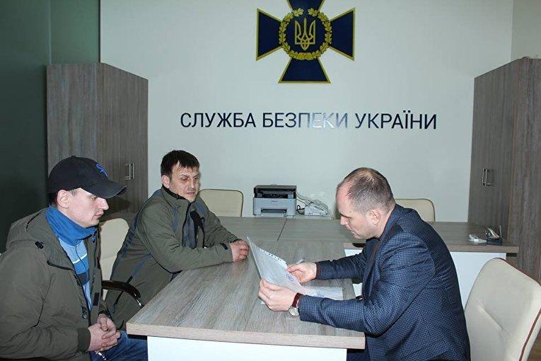 Одесские активисты передали требования об освобождении задержанных участников в Донбассе