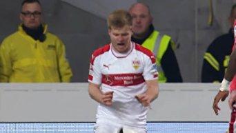 В Германии арбитр случайно ударил футболиста флажком