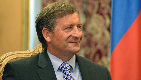 Глава МИД Словении Карл Эрьявец. Архивное фото