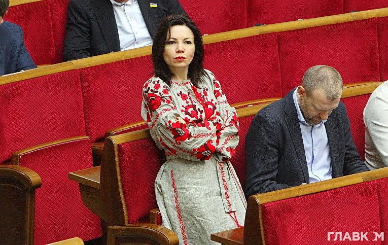 Виктория Сюмар во время заседания Верховной Рады Украины