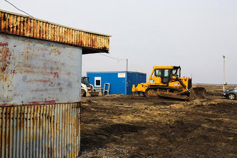 Наполигоне Широкий Лан началось строительство бригадного лагеря за370 млн