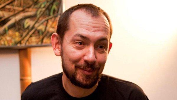 Журналист Роман Цимбалюк. Архивное фото
