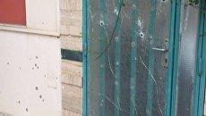 Последствия обстрела здания посольства Украины в Триполи